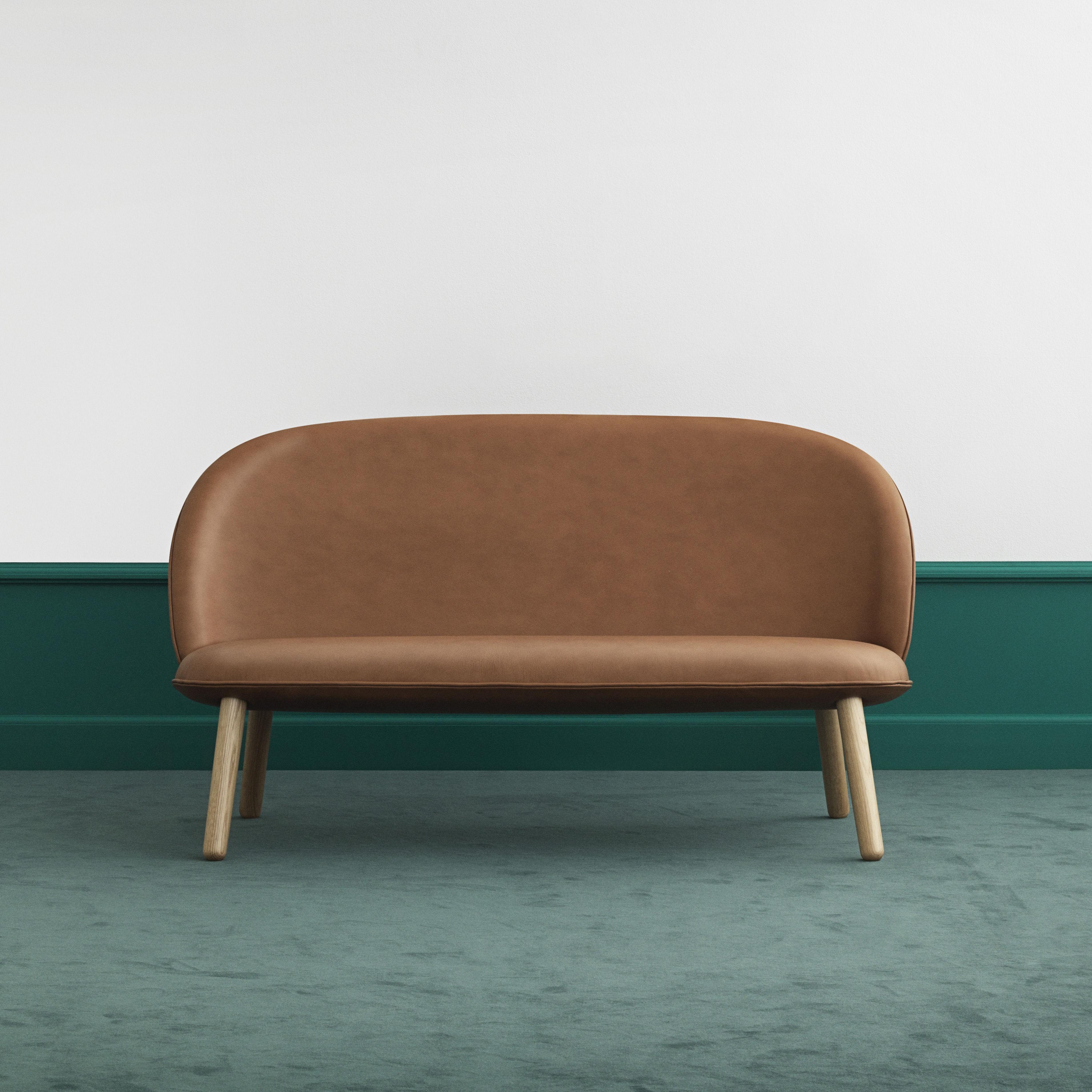 canap droit ace 2 places l 145 cm cuir bois cuir marron brandy normann copenhagen. Black Bedroom Furniture Sets. Home Design Ideas