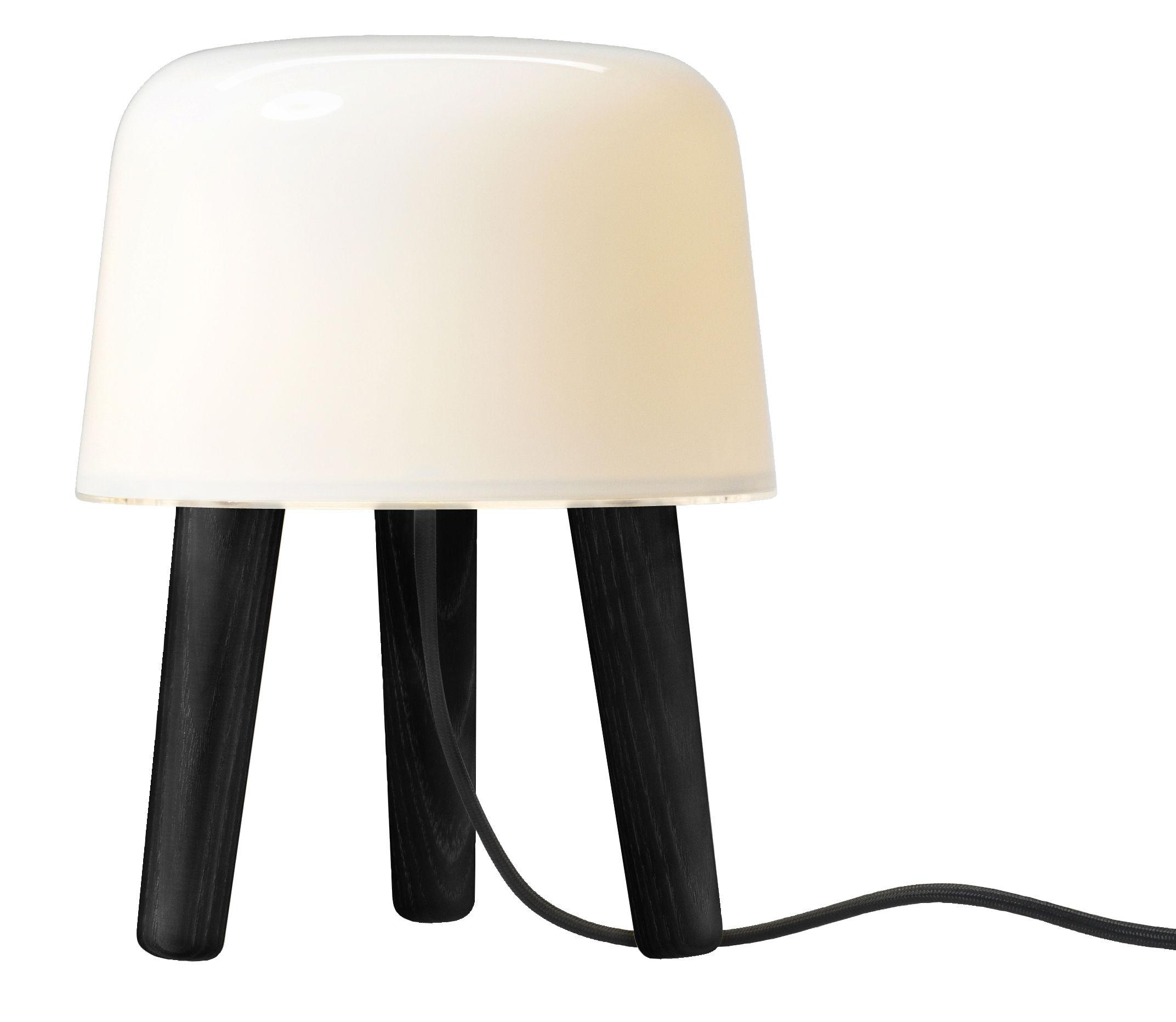 Luminaire - Lampes de table - Lampe de table Milk - &tradition - Blanc / Bois teinté noir / Cordon noir - Chêne teinté, Verre soufflé bouche