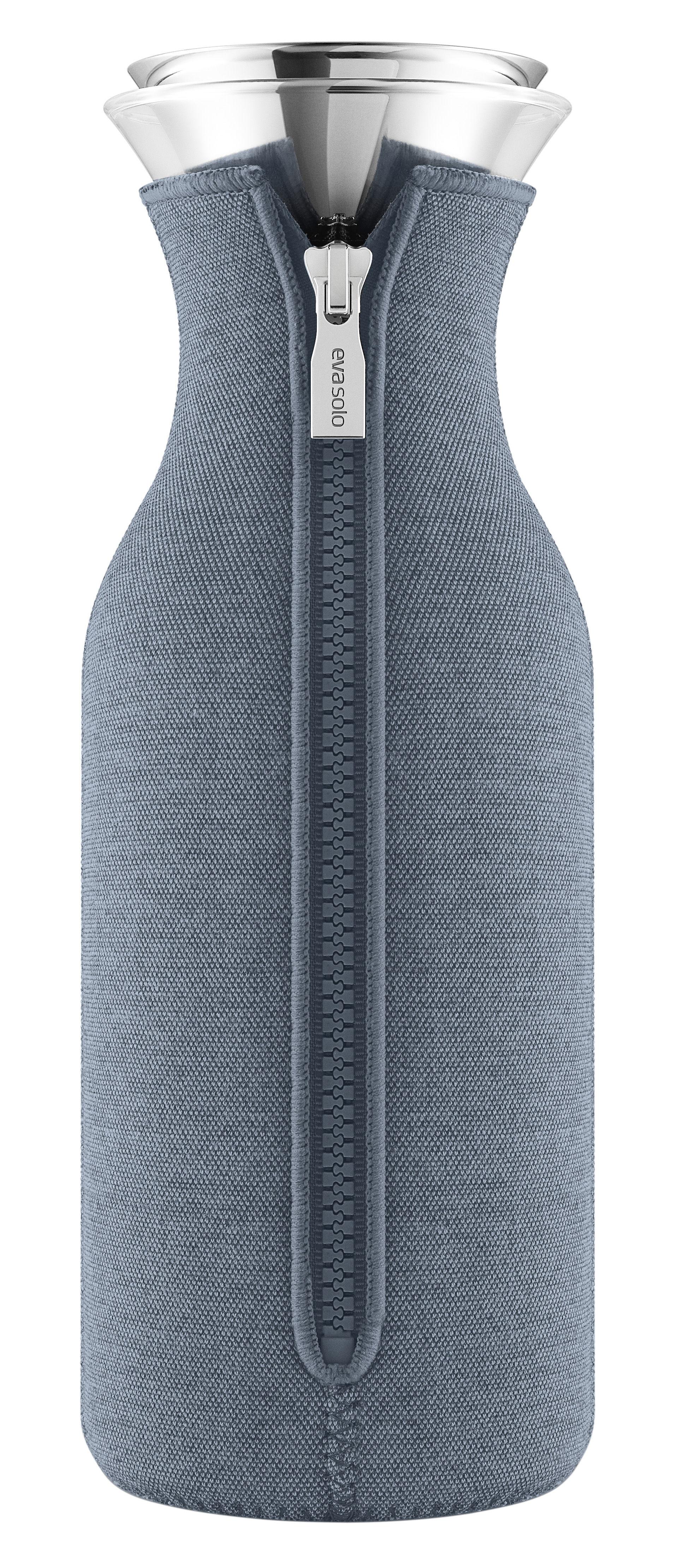 Arts de la table - Carafes et décanteurs - Carafe Stoppe-goutte / 1 L - Tissu technique - Eva Solo - Bleu acier - Acier inoxydable, Néoprène, Verre