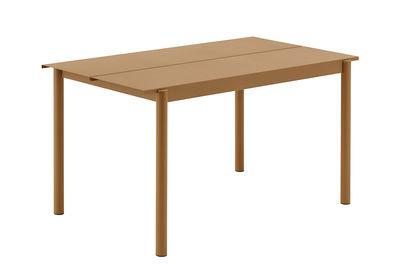 Outdoor - Garden Tables - Linear Rectangular table - / Steel - 140 x 75 cm by Muuto - Caramel - Acier revêtement poudre