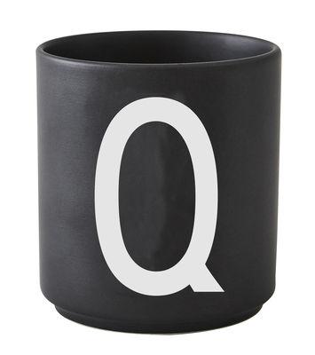Mug A-Z / Porcelaine - Lettre Q - Design Letters noir en céramique