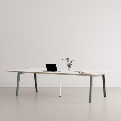 Furniture - Office Furniture - New Modern open space desk - / 4-seat XL - 280 x 140 cm / Laminate & white central base by TIPTOE - Eucalyptus Grey / White central leg - Powder coated steel, Stratified