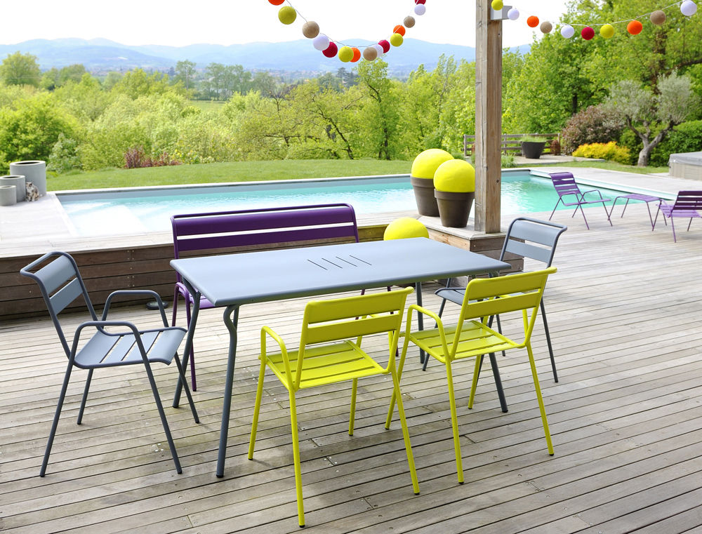 Table Monceau / 146 x 80 cm - 6 personnes Romarin - Fermob | Made In ...