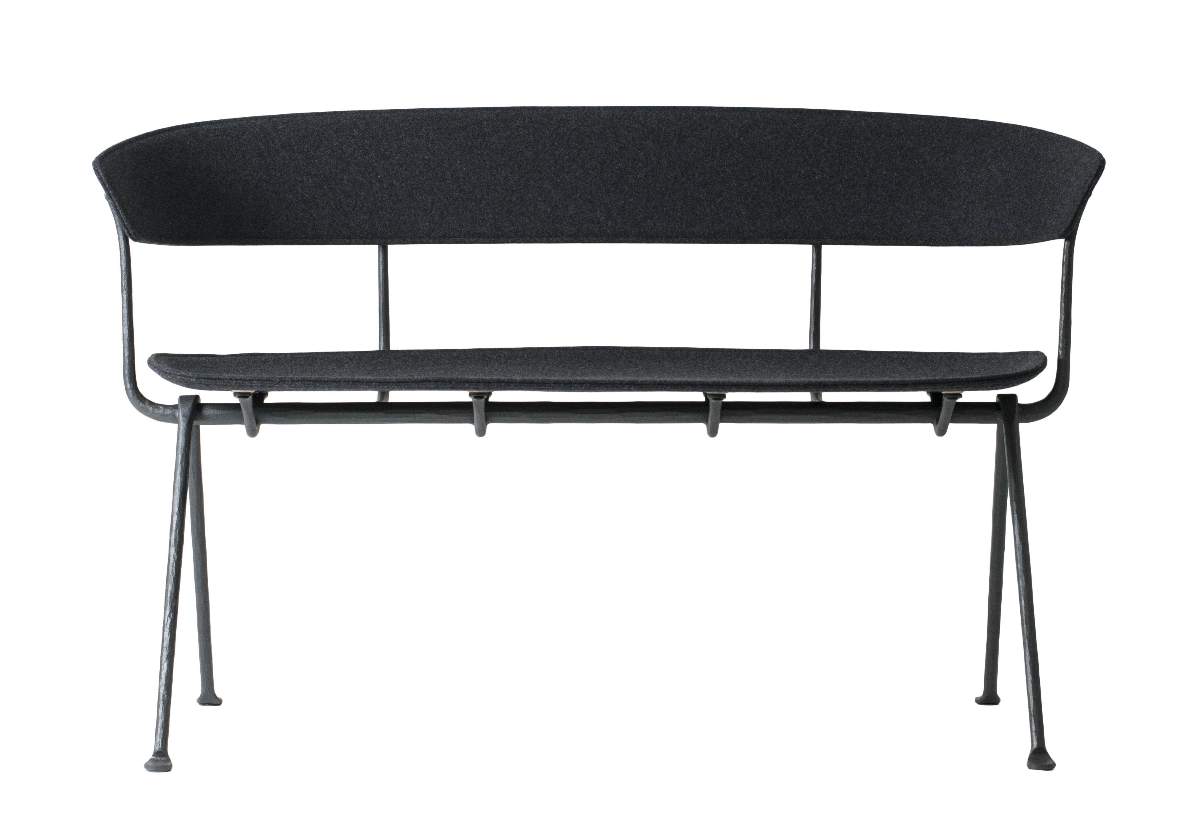 Mobilier - Bancs - Banquette Officina / Tissu - L 125 cm - Magis - Tissu gris foncé / Structure noire - Contreplaqué de hêtre, Fer forgé verni, Tissu Kvadrat