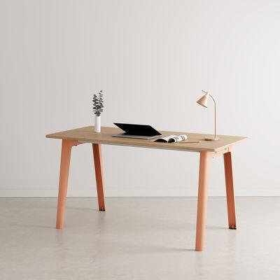 Bureau New Modern / 150 x 70 cm - Chêne éco-certifié - TIPTOE rose en métal/bois