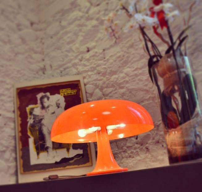 Lampada Da Tavolo Masters Pieces Nesso Di Artemide Bianco Made In Design