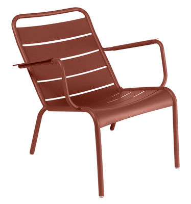 Furniture - Armchairs - Luxembourg Low armchair - / Aluminium by Fermob - Ochre red - Lacquered aluminium