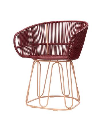 Mobilier - Chaises, fauteuils de salle à manger - Fauteuil Circo Dining / Fils PVC tressés main - ames - Rouge / Structure rose pâle - Acier galvanisé thermo-laqué, Fils de plastique recyclé
