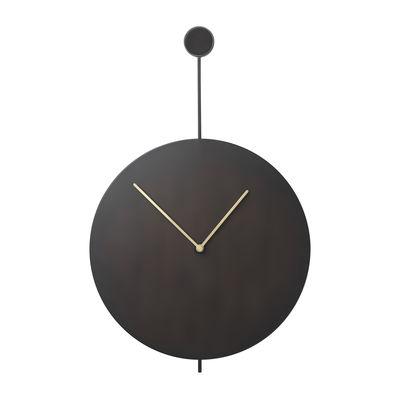 Dekoration - Uhren - Trace Wanduhr / Ø 26 cm - Metall - Ferm Living - Schwarz / Uhrzeiger aus Messing - bemalter Stahl, Métal plaqué laiton