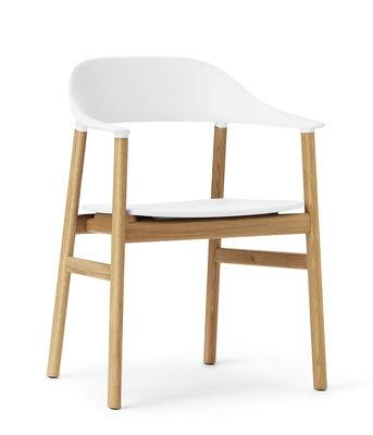 Chaise Herit / Pied chêne - Normann Copenhagen blanc/bois naturel en matière plastique/bois
