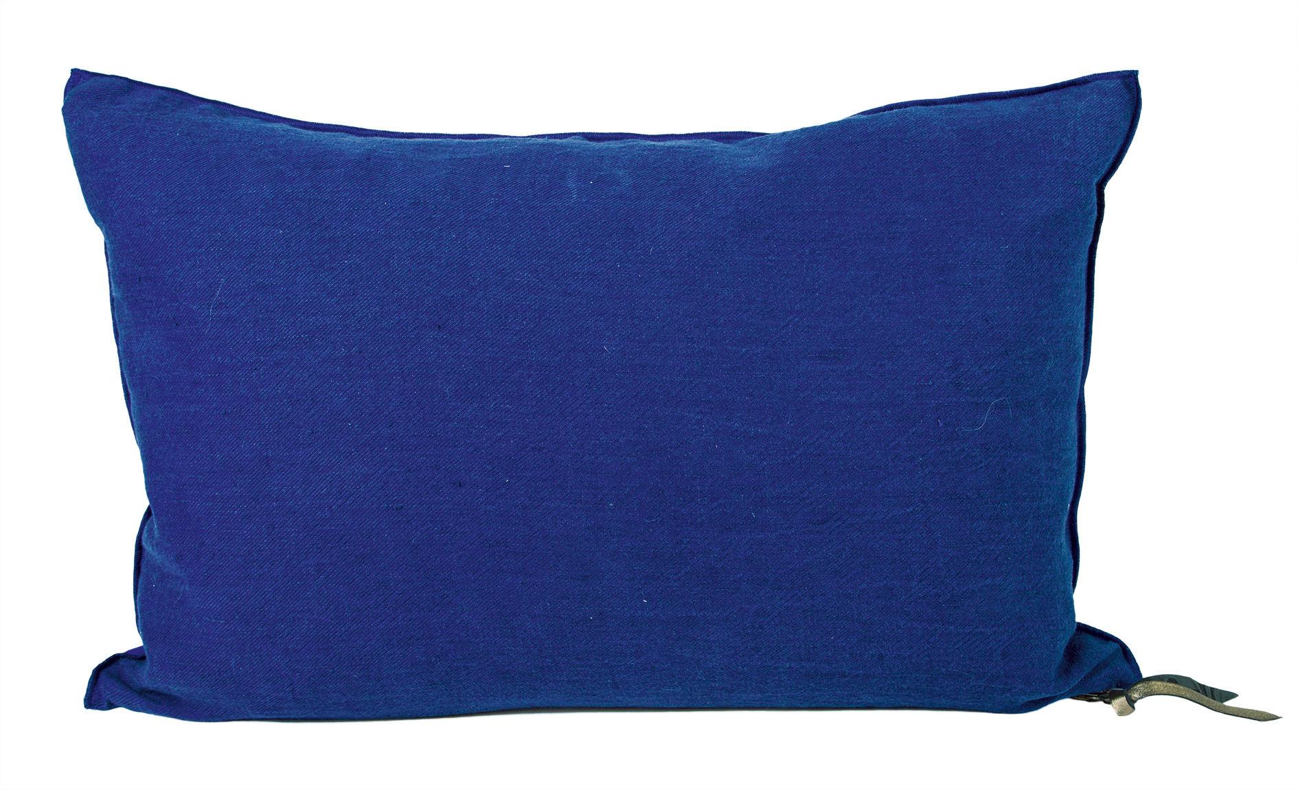 Dekoration - Kissen - Vice Versa Kissen / 30 x 50 cm - Leinen - Maison de Vacances - Kobaltblau - Baumwolle, Entenfedern, Zerknittertes und gewaschenes Leinen