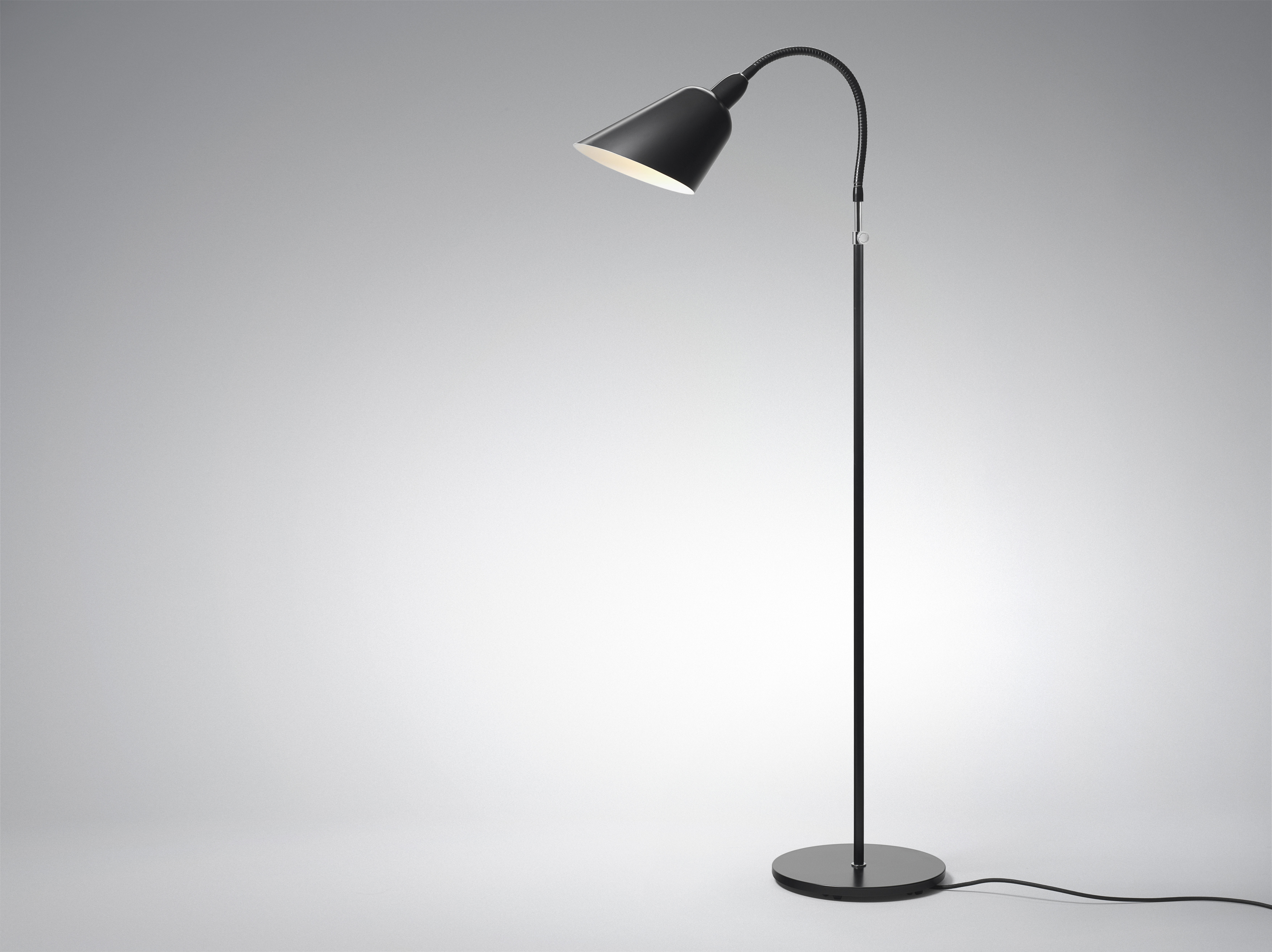 Lampada a stelo bellevue &tradition nero opaco h 112 made in