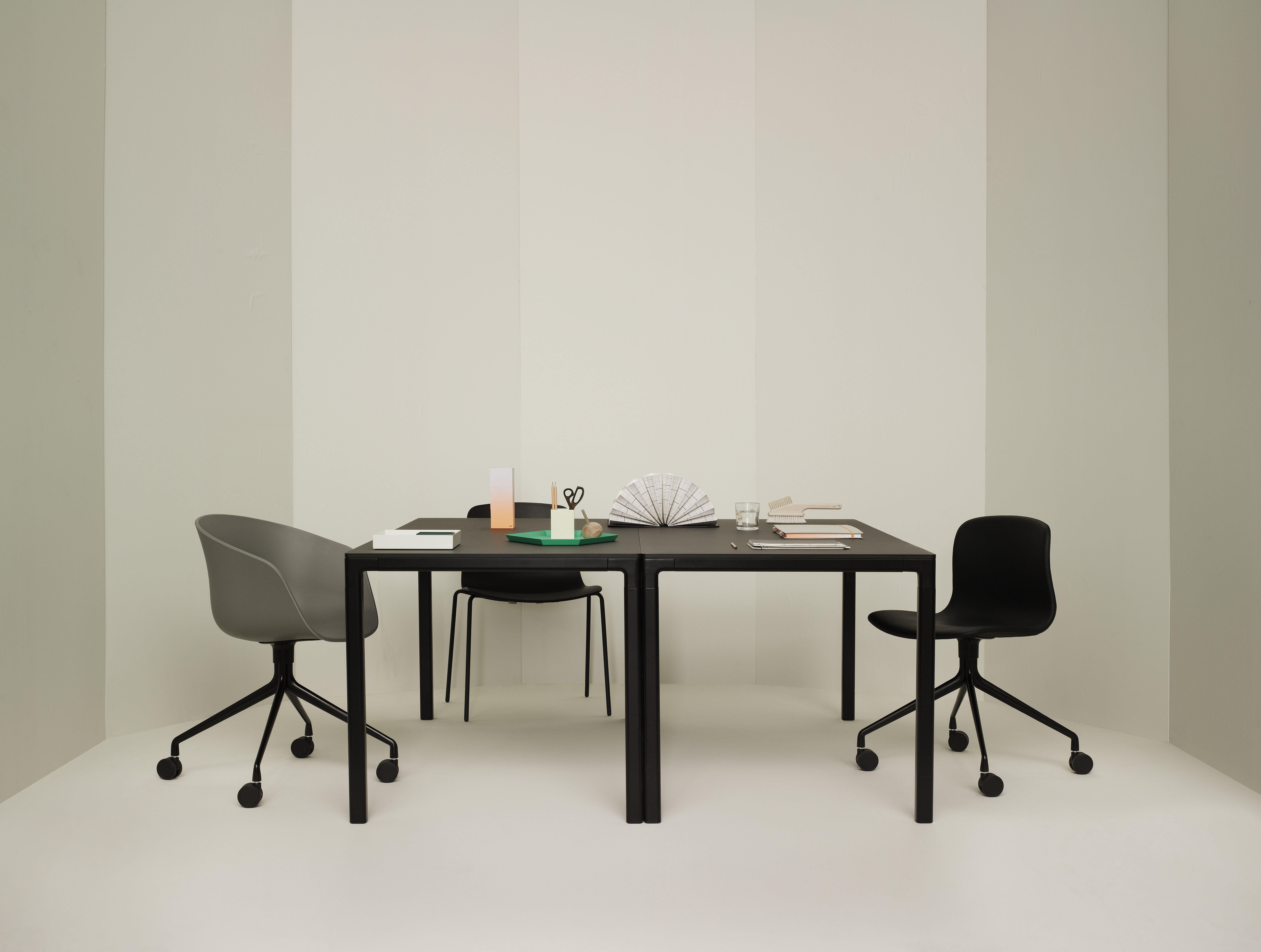 About A Chair Aac14 Drehstuhl Hay Stuhl Mit Rollen