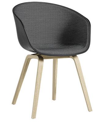 About a chair AAC22 Gepolsterter Sessel / Innenseite mit Stoffbezug & Stuhlbeine aus Holz - Hay - Grau,Schwarz,Holz natur