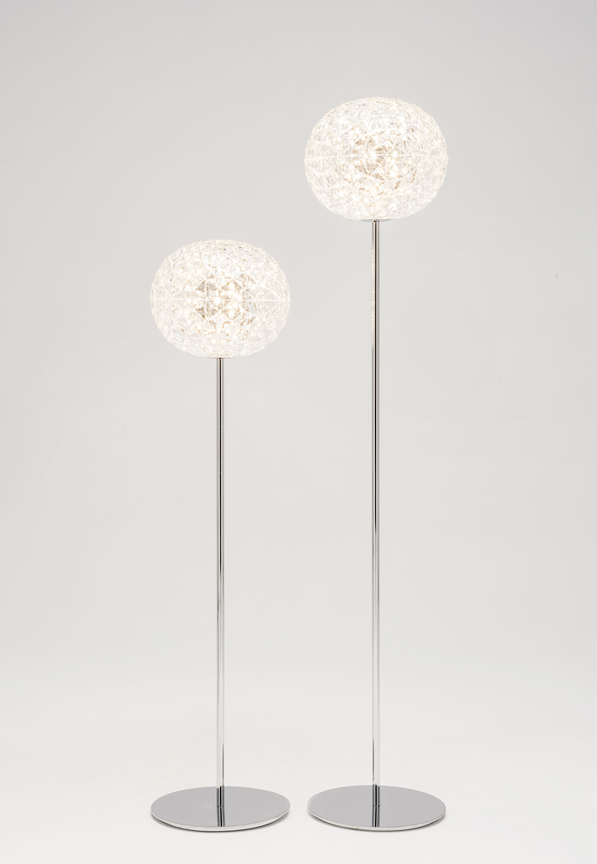 Floor lamp Planet by Kartell - Transparent/Metal | Made In ...