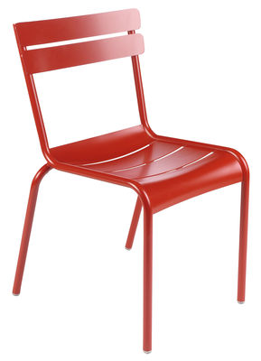 Outdoor - Garden chairs - Luxembourg Stacking chair by Fermob - coquelicot - Lacquered aluminium