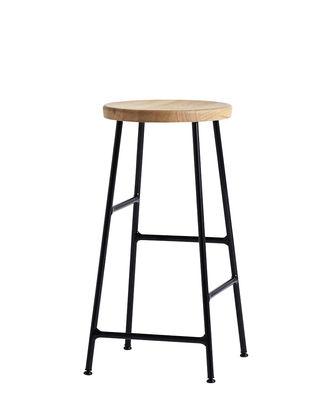 Mobilier - Tabourets de bar - Tabouret de bar Cornet / H 65 cm - Bois & métal - Hay - Chêne clair / Pied noir - Acier laqué, Chêne massif huilé