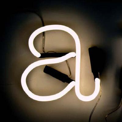Leuchten - Wandleuchten - Neon Art Wandleuchte mit Stromkabel Buchstabe A - Seletti - Weiß / schwarzes Kabel - Glas