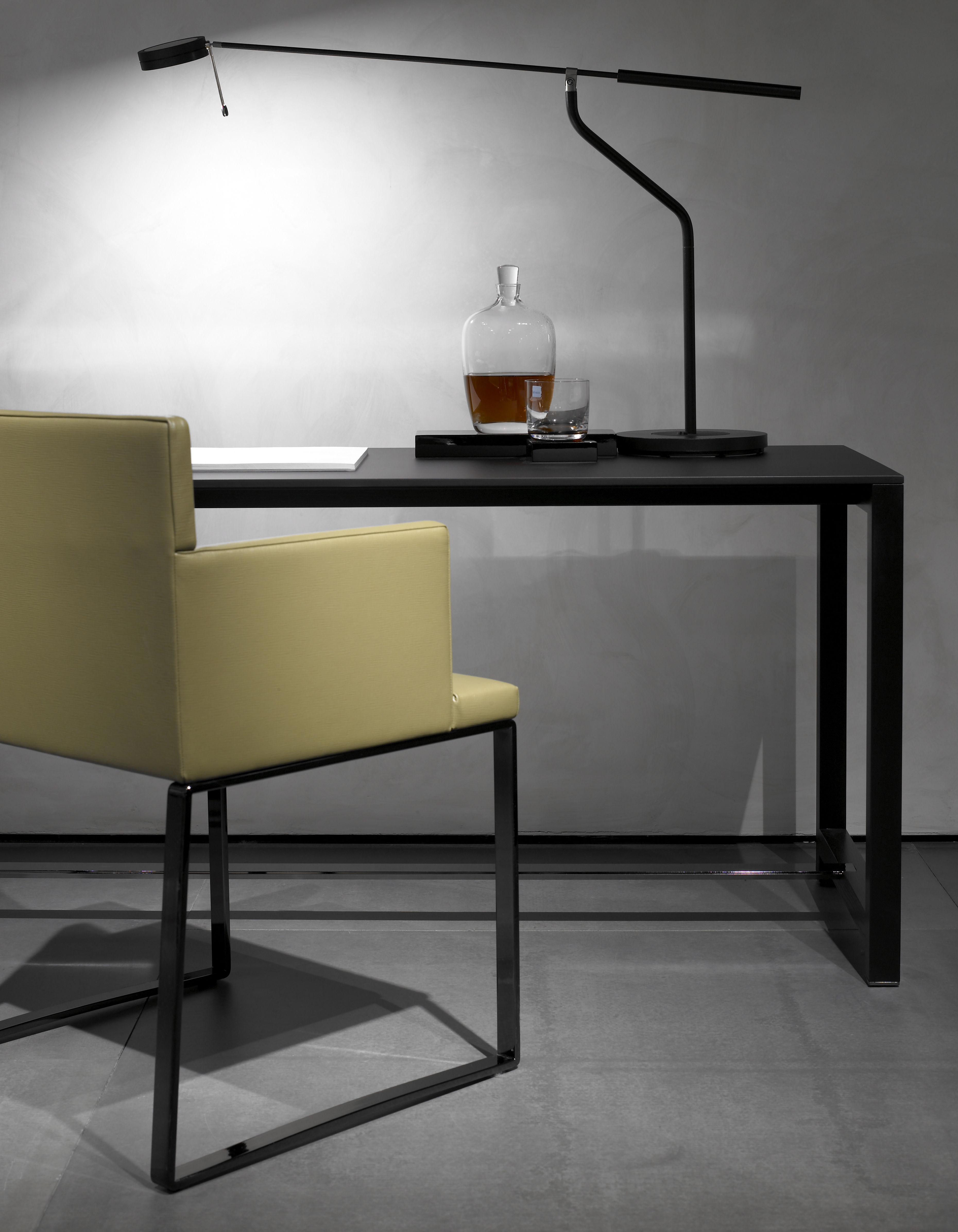 Three sixty lampada da tavolo bianco by fontana arte made in design - Lampade da tavolo fontana arte ...