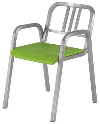 Arredamento - Sedie  - Poltrona impilabile Nine-O di Emeco - Alluminio opaco / Verde - Alluminio riciclato, Poliuretano