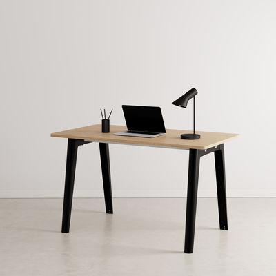 Bureau New Modern / 130 x 70 cm - Chêne éco-certifié - TIPTOE noir en métal/bois