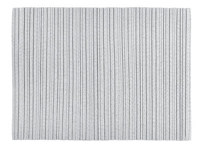 set de table iittala x issey miyake tissu gris clair. Black Bedroom Furniture Sets. Home Design Ideas