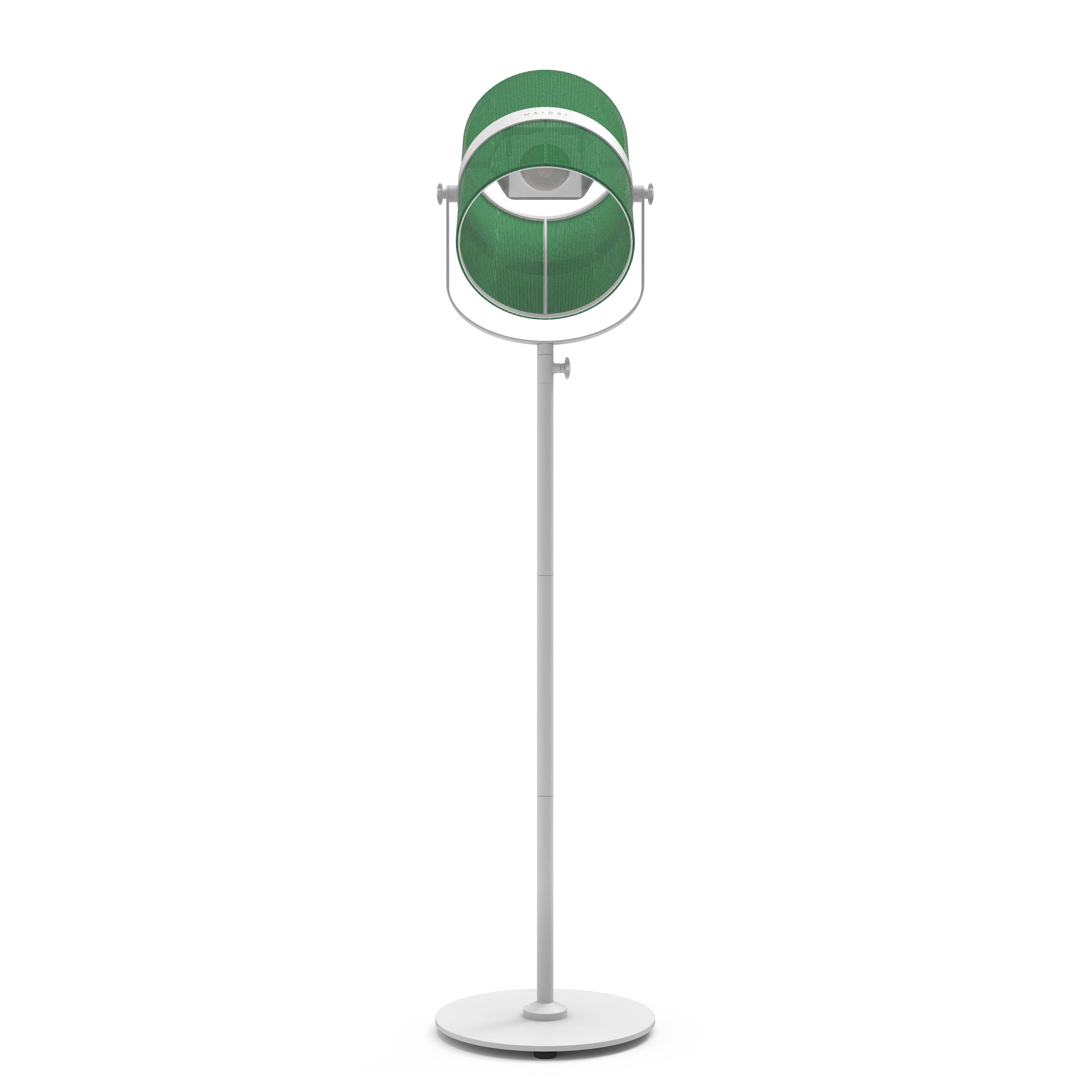 Leuchten - Stehleuchten - La Lampe Paris LED Solarleuchte / kabellos - Maiori - Jadegrün  / Ständer weiß - bemaltes Aluminium, Gewebe