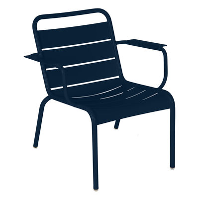 Mobilier - Fauteuils - Fauteuil lounge Luxembourg / Assise basse - Fermob - Bleu abysse - Aluminium