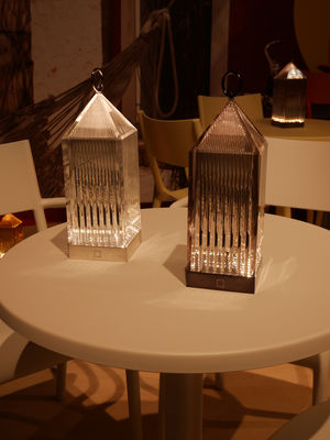 Lampada Senza Fili Lantern Di Kartell Trasparente Made In Design