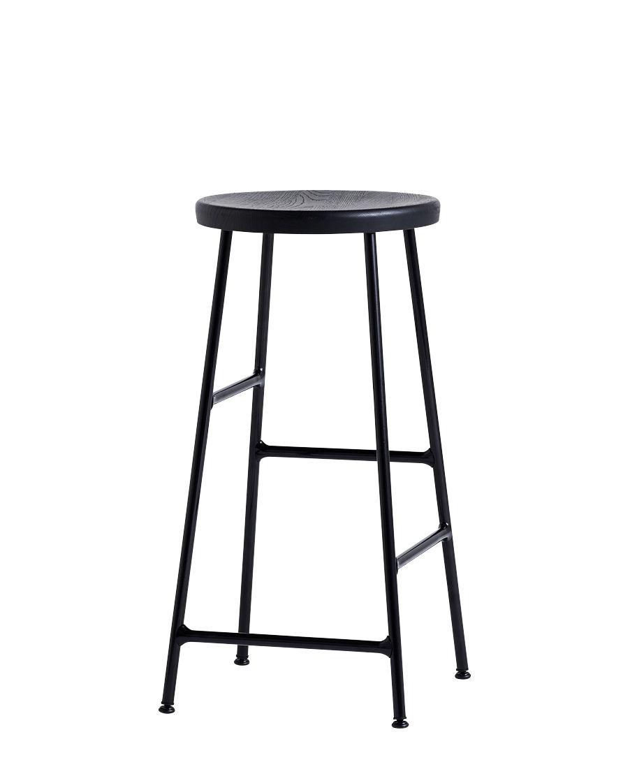 Mobilier - Tabourets de bar - Tabouret de bar Cornet / H 65 cm - Hay - Chêne teinté / Pieds noirs - Acier laqué, Chêne massif