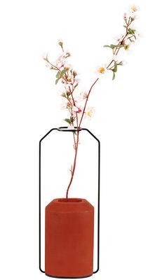 Vase Weight C / L 15 x H 36 cm - Spécimen Editions rouge en métal