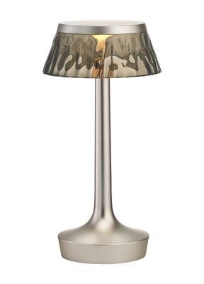 Illuminazione - Lampade da tavolo - Lampada senza fili Bon Jour Unplugged / LED - Ricarica micro-USB - Flos - Argento opaco / Fumé - PMMA