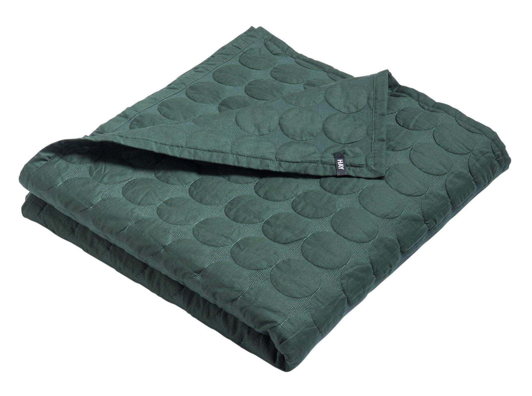 Déco - Textile - Plaid Mega Dot / 245 x 195 cm - Matelassé - Hay - Vert foncé - Coton, Polyester