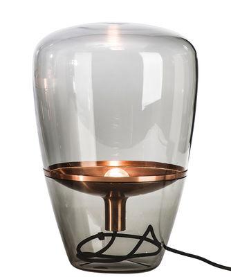 Luminaire - Lampes de table - Lampe de table Balloon Small / H 40 cm - Brokis - Verre fumé / Cuivre - Cuivre, Verre soufflé moulé