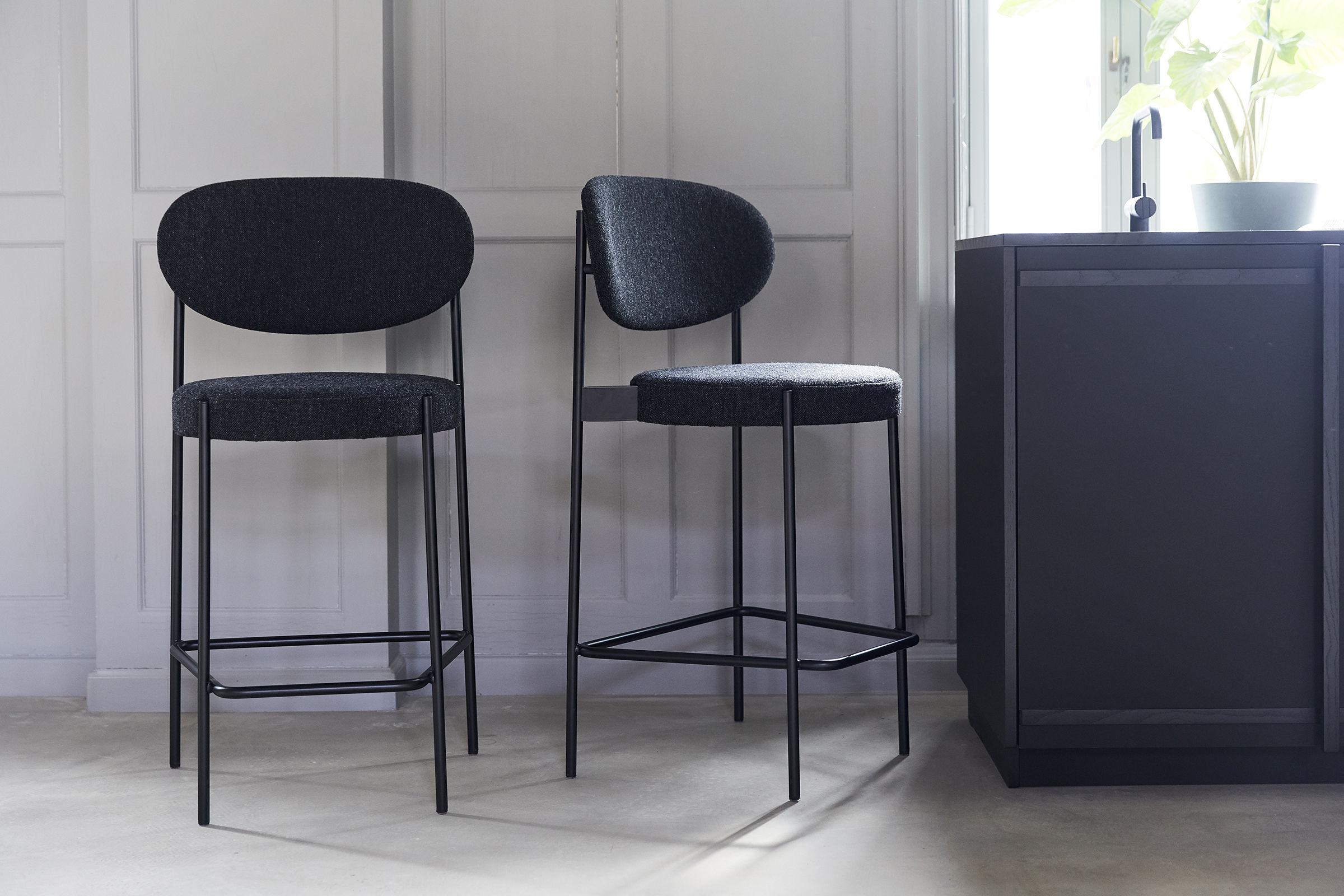 Sgabello bar series 430 verpan tessuto grigio scuro l 54 x h