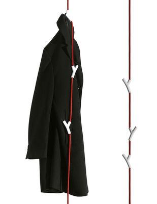Möbel - Garderoben und Kleiderhaken - Wardrope Garderobe Hängegarderobe mit 4 Haken - Authentics - Rotes Seil /  weiße Haken - Polyamid, Stahl, Zink