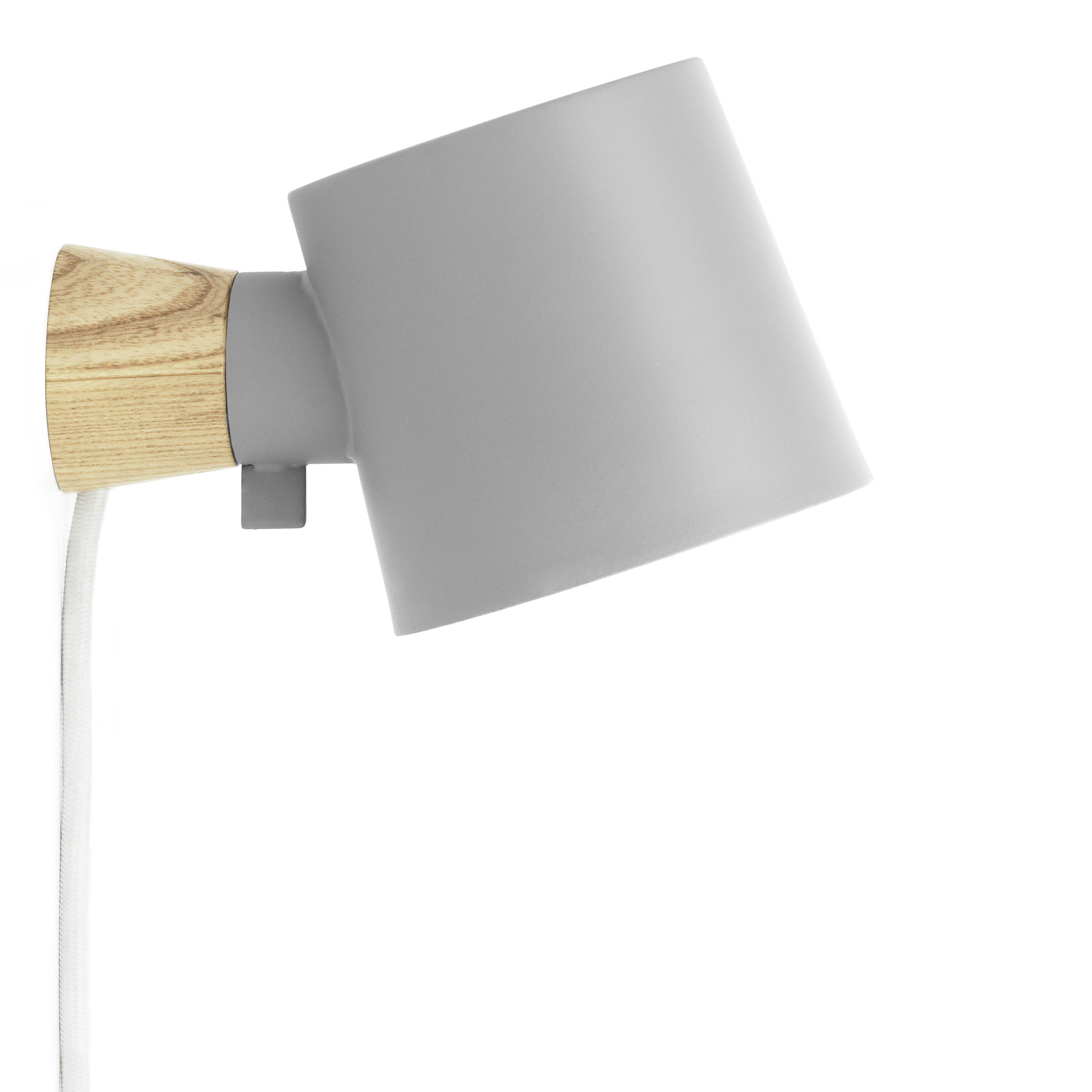 Illuminazione - Lampade da parete - Applique con presa Rise - / Orientabile - Legno & metallo di Normann Copenhagen - Grigio / Legno - Frassino massello, metallo laccato