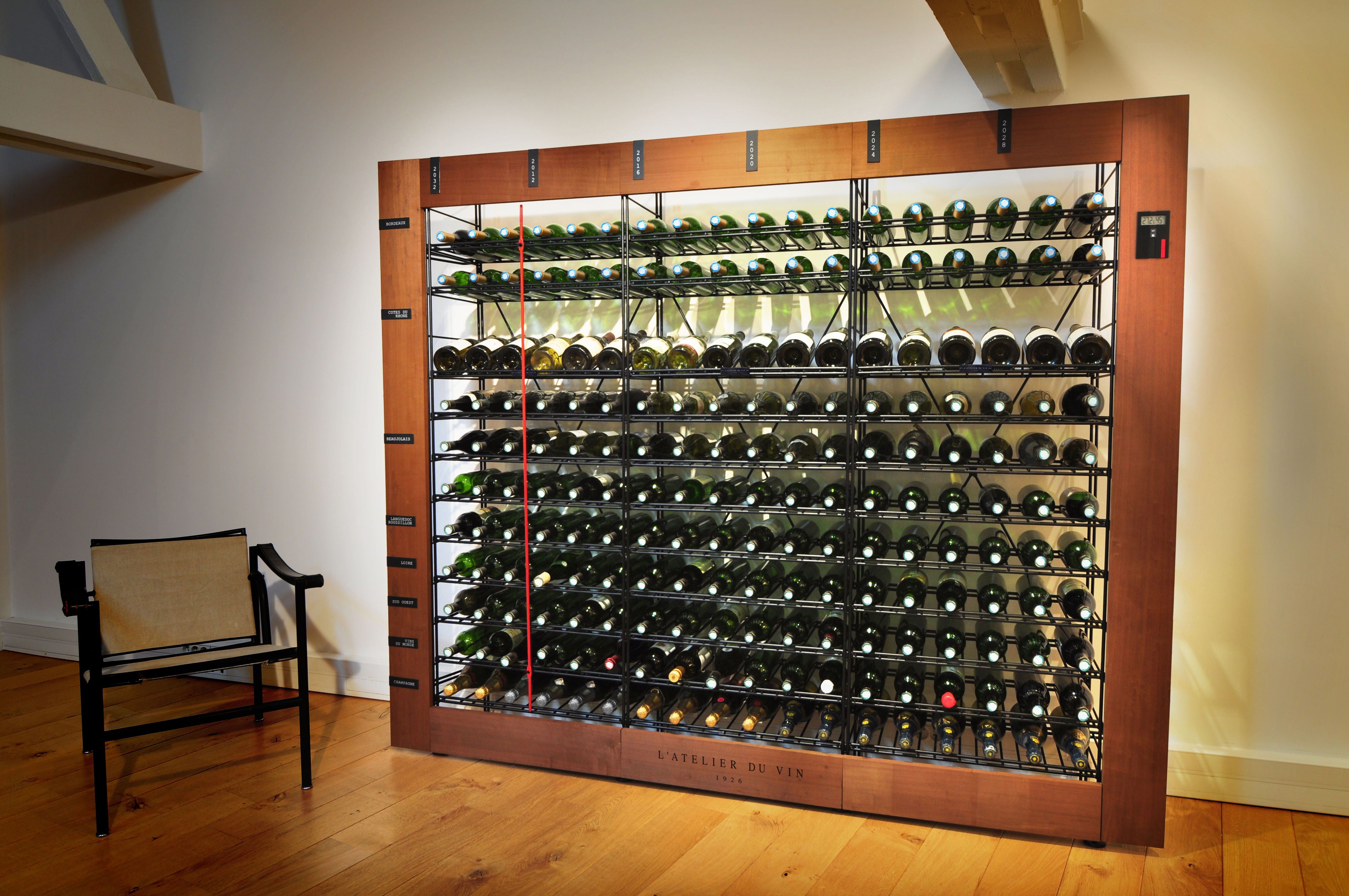 cave vin smart l 39 atelier du vin bois noir l 60 x h 172 5 made in design. Black Bedroom Furniture Sets. Home Design Ideas