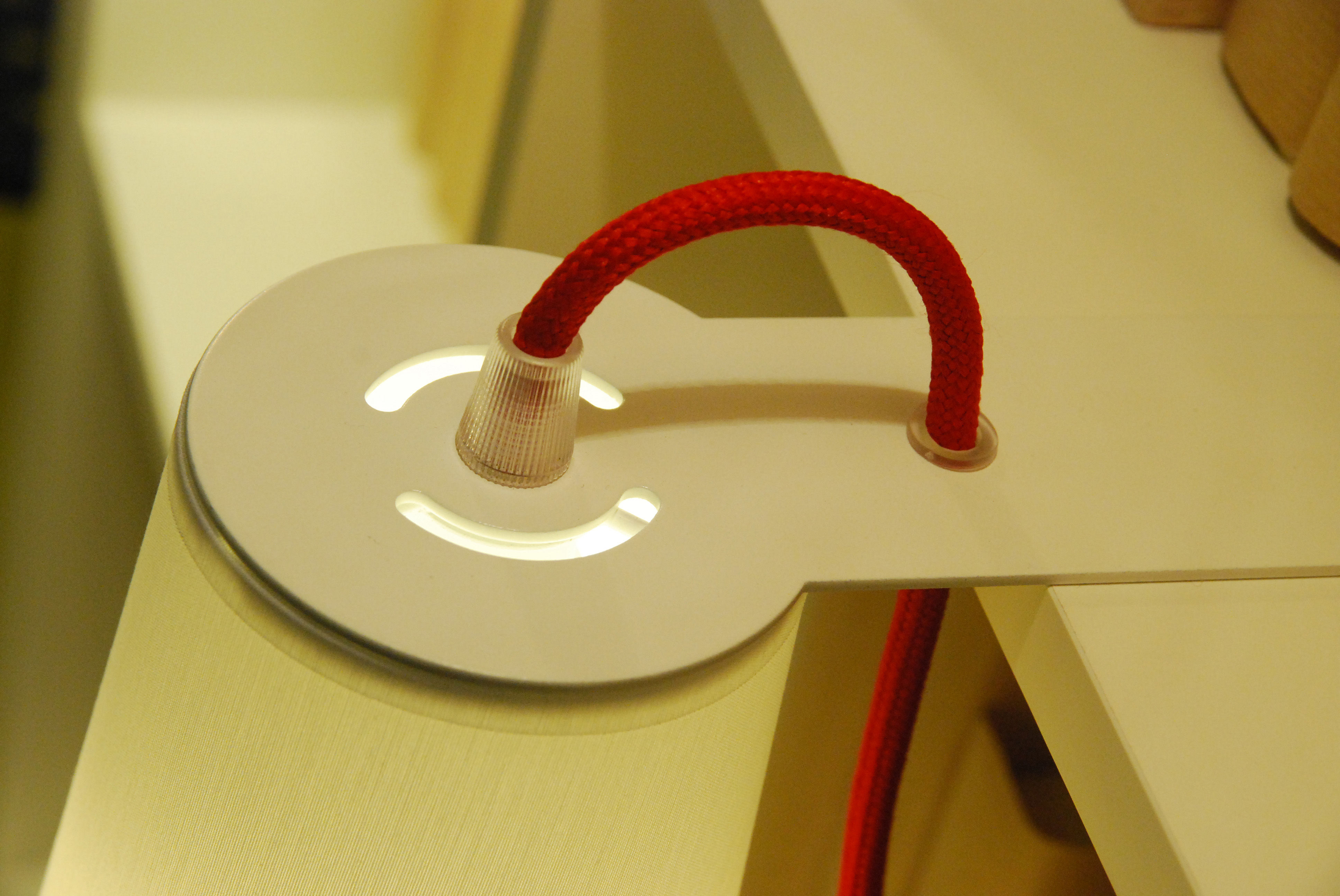 Light book lampada per scaffali e librerie bianco by designheure
