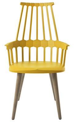 Mobilier - Fauteuil Comback / Polycarbonate & pieds bois - Kartell - Jaune / Pieds chêne - Frêne, Polycarbonate