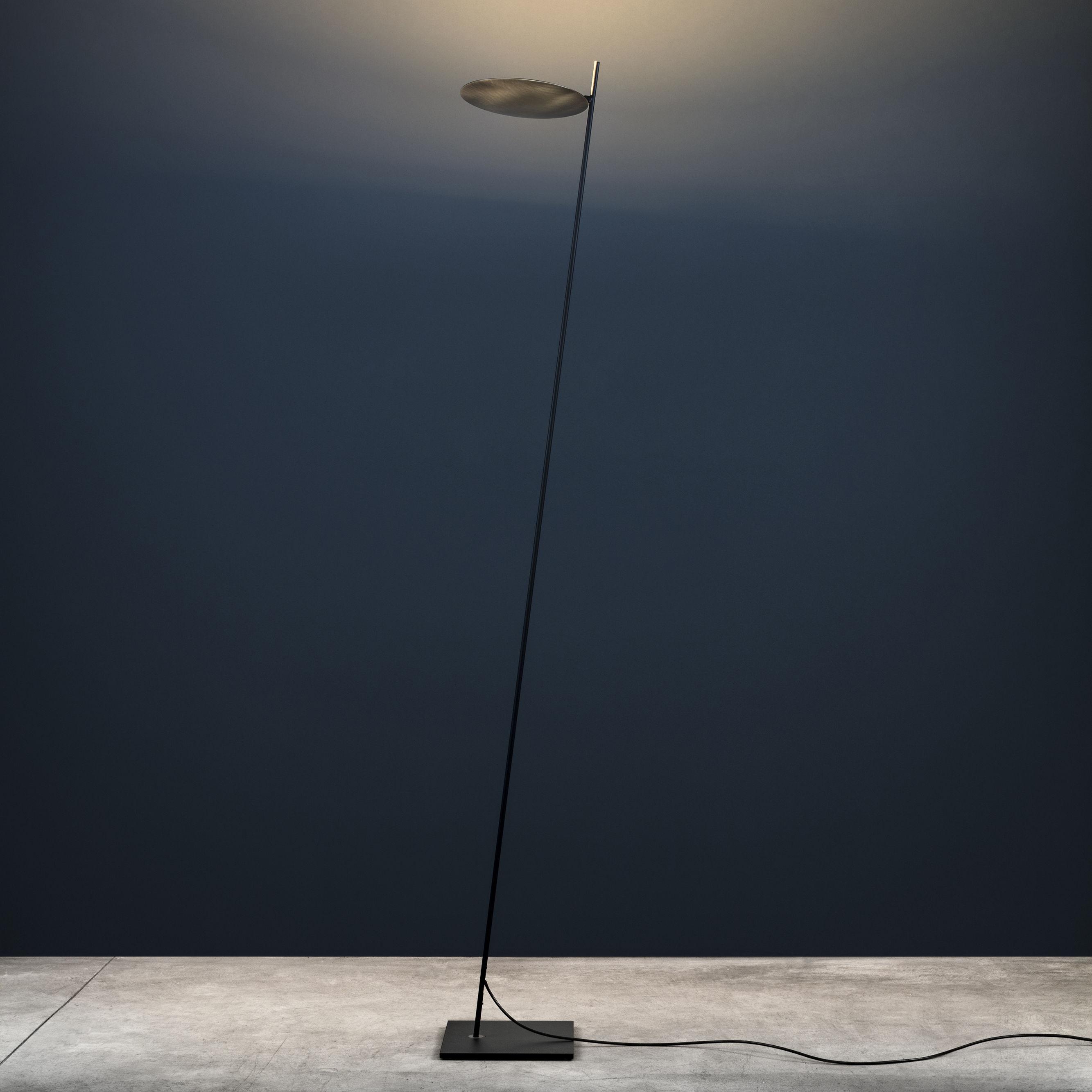 Illuminazione - Lampade da terra - Lampada a stelo Lederam F0 - / LED - H 190 cm di Catellani & Smith - Disco ottone / Stelo nero / base nera - Laiton massif, metallo verniciato