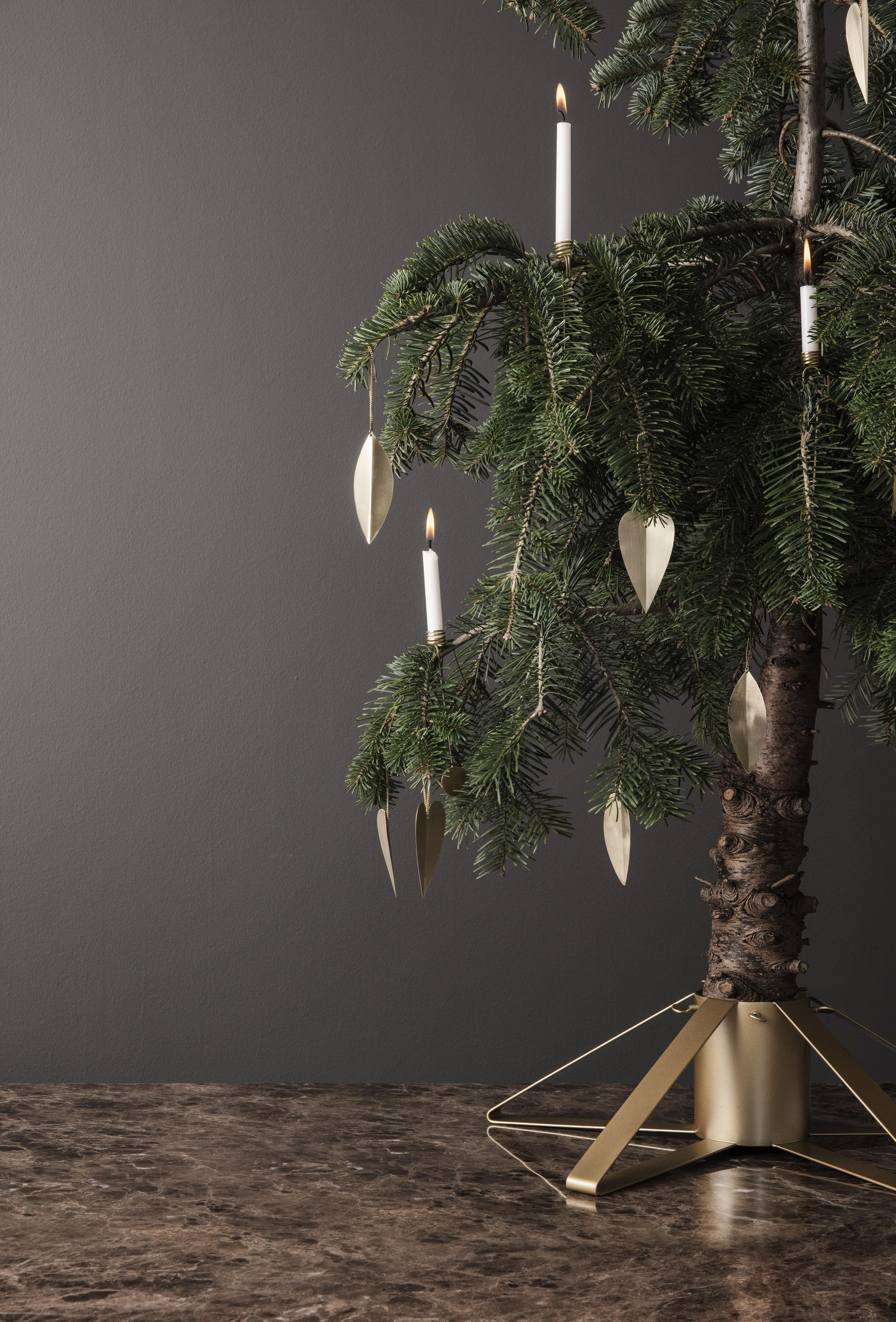 Fuß métal von Ferm Living - Schwarz - h 13 x Ø 50 | Made In Design