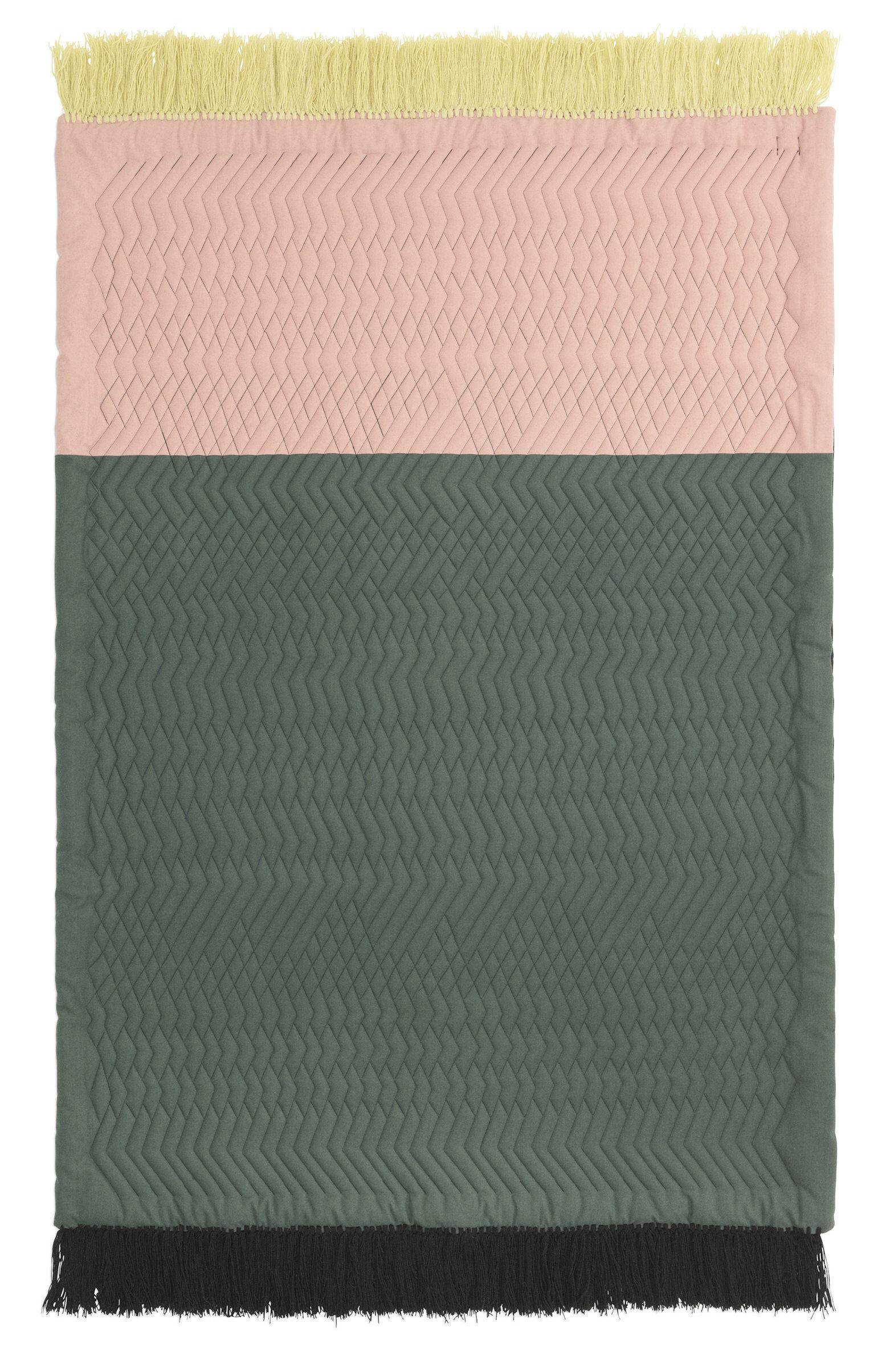 Déco - Tapis - Tapis Trace / Matelassé - 140 x 195 cm - Normann Copenhagen - Rose & vert - Laine, Polyester