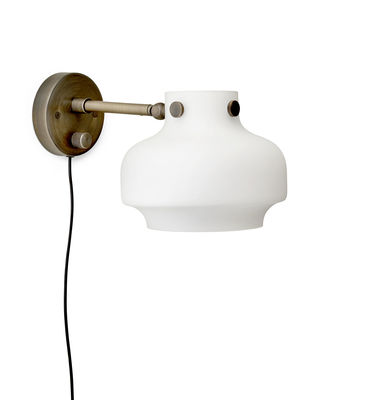 applique avec prise copenhague sc16 led 16 cm verre blanc bronze tradition made. Black Bedroom Furniture Sets. Home Design Ideas