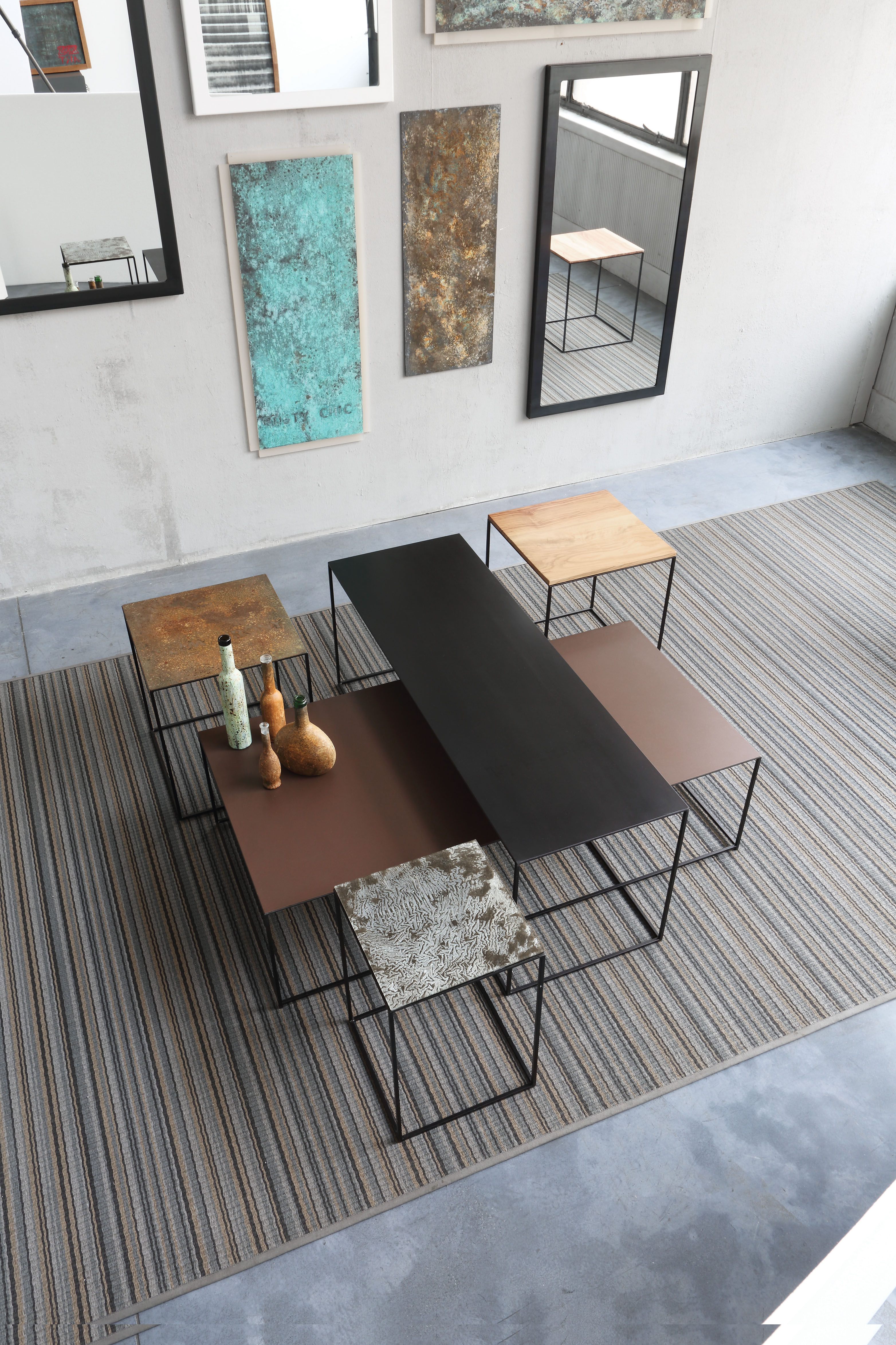 slim irony art couchtisch 124 x 62 cm tischplatte aus glas mit patinierter metall optik. Black Bedroom Furniture Sets. Home Design Ideas