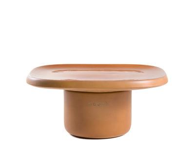 Möbel - Couchtische - Obon Couchtisch / Terrakotta - 61 x 61 x H 28 cm - Moooi - Terrakotta - Geformte Terrakotta
