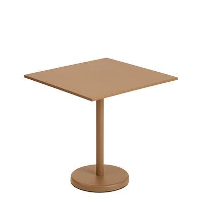 Jardin - Tables de jardin - Table carrée Linear Café / 70 x 70 cm - Acier - Muuto - Caramel - Acier