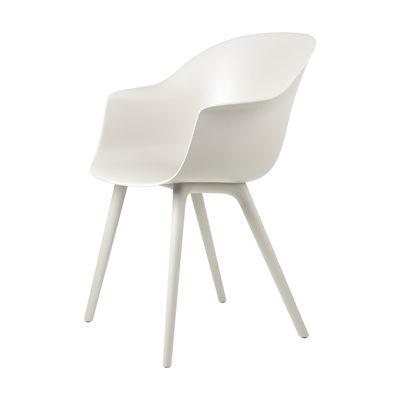 Mobilier - Chaises, fauteuils de salle à manger - Fauteuil Bat OUTDOOR / Polypropylène - Gubi - Blanc albâtre - Polypropylène