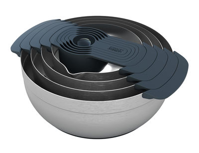Arts de la table - Saladiers, coupes et bols - Saladier Nest 100 / Passoire & bol-doseur - 9 pièces empilables - Joseph Joseph - Inox - Acier inoxydable, Plastique sans BPA