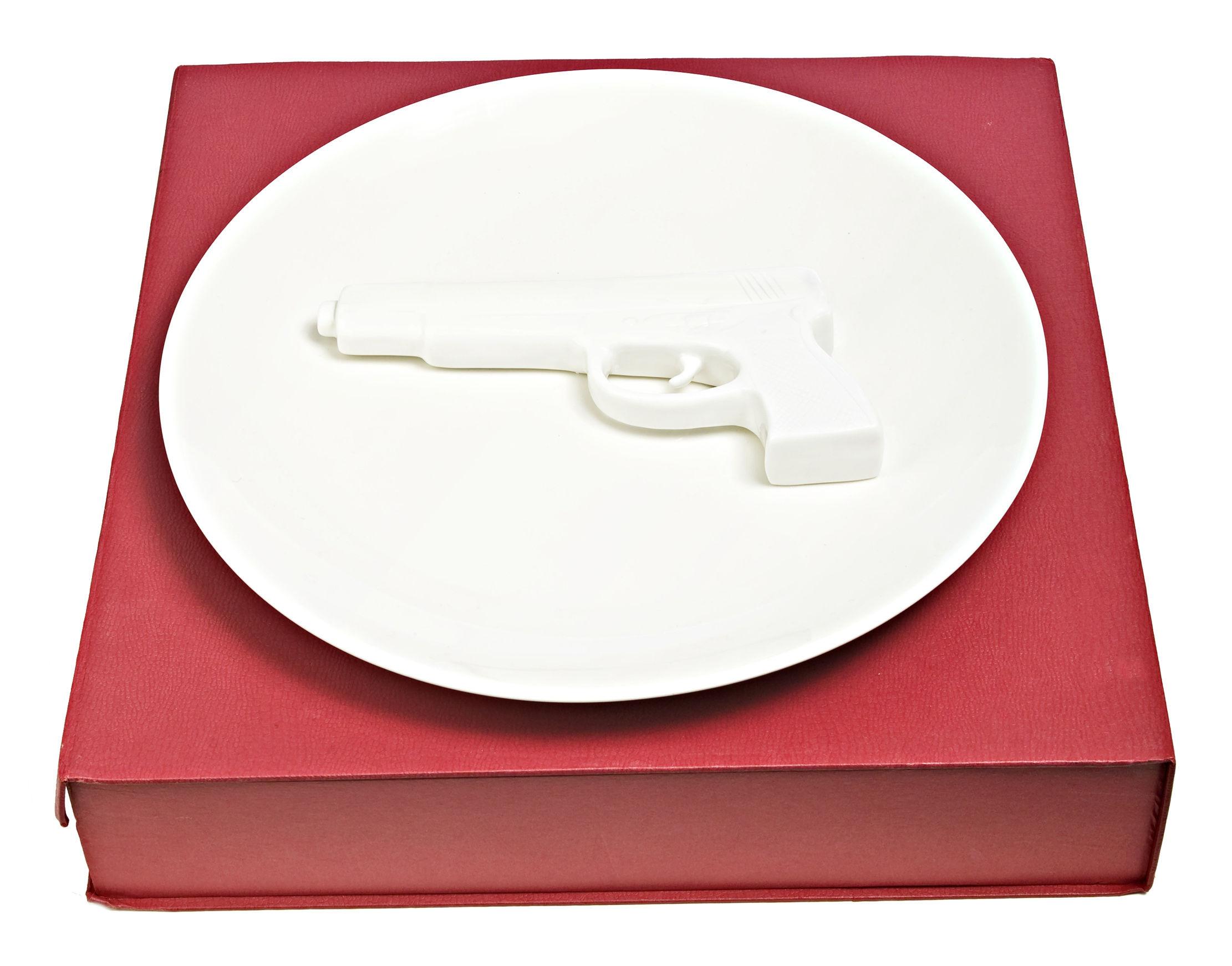 Tischkultur - Teller - Gun Servierplatte mit Revolvermotiv - Ø 40 cm - Pols Potten - Revolvermotiv - weiß - Porcelaine vernie